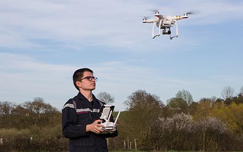 La formation au pilotage de drones prend son envol