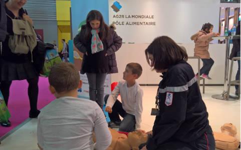 Salon de l'agriculture prévention aux geste qui sauvent Stand AG2R La Mondiale