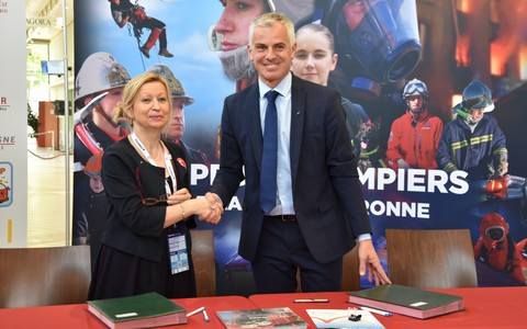 La FNSPF et l'association France Victimes signent une convention de partenariat