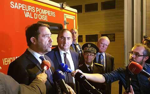 Le ministre de l'Intérieur Christophe Castaner à la rencontre des sapeurs-pompiers
