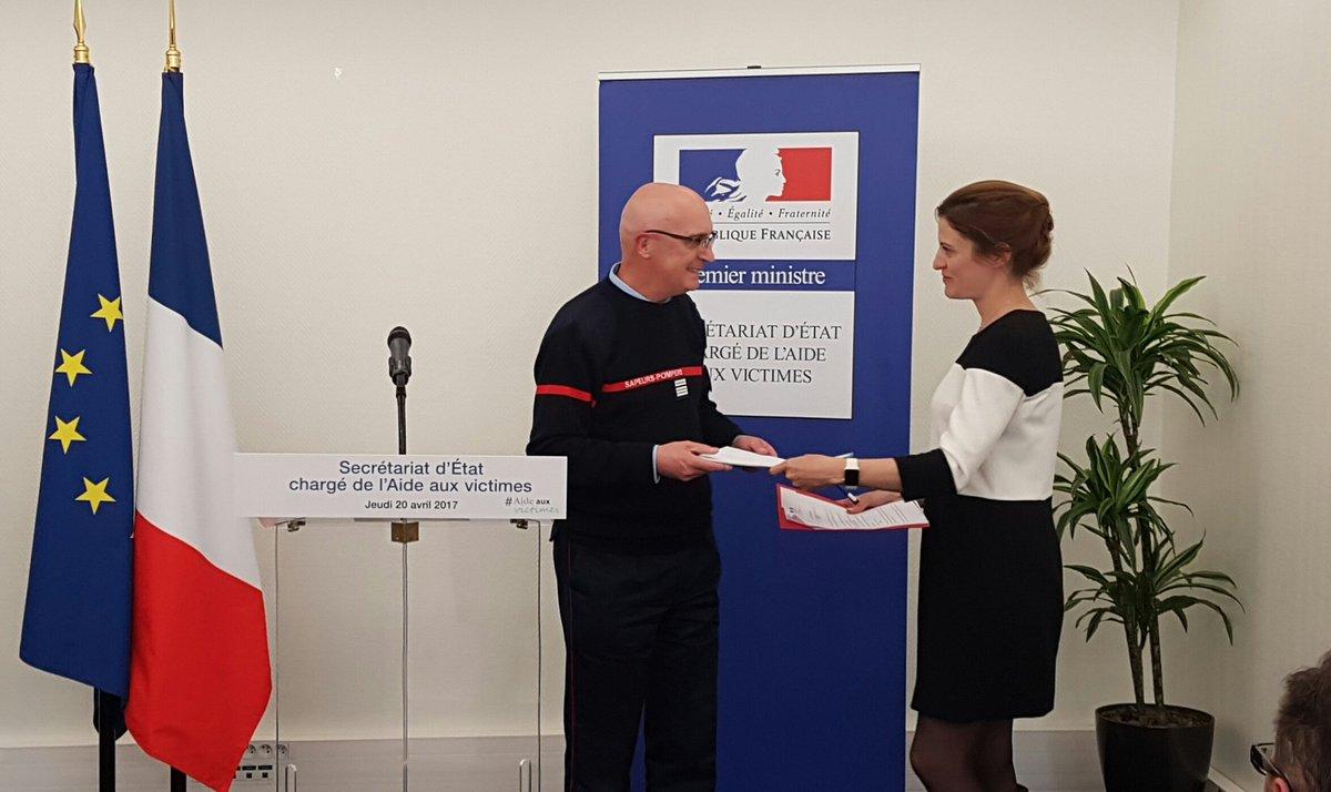 Photo Remise rapport GestesQuiSauvent Faure/Pelloux