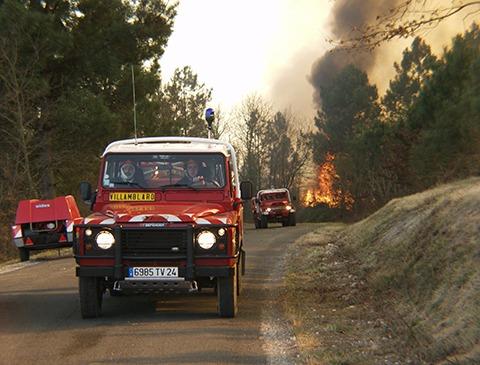 Visuel camion feux de forêts