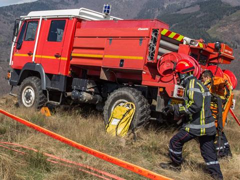 Camion-citerne feux de forêts (CCF) – sapeurs-pompiers © Gautier – Forget