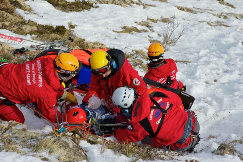 Illustration sapeurs-pompiers - secours en montagne