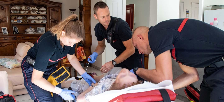 Secours d'urgence aux personnes : les sapeurs-pompiers veulent reprendre la main sur 84% de leurs missions