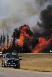 Dossier : Méga-feux (Canada, Etats-Unis…): comparer l'incomparable
