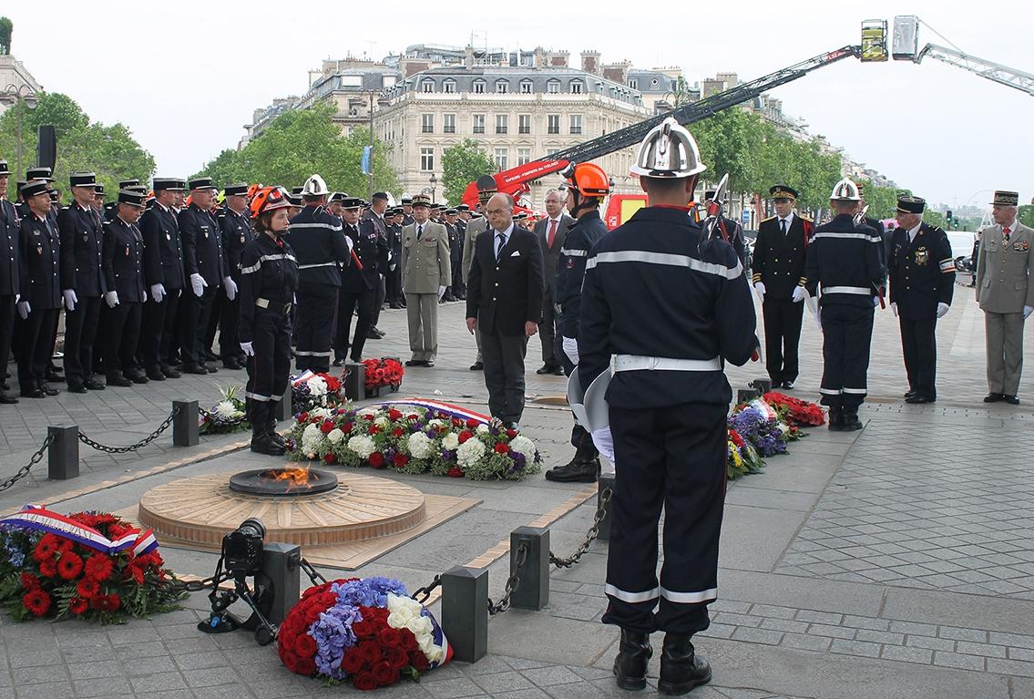 Cérémonie d'hommage journée nationale sapeurs-pompiers